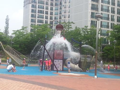 [김포소식] 워터파크 못지않은 공원 물놀이장 7월 가동
