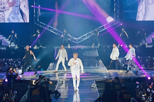 "South Korean boy band Sechs Kies performs at their a comeback concert ""Yellow Note"" held in southeastern Seoul on Sept. 10, 2016. This photo was provided by the YG Entertainment."