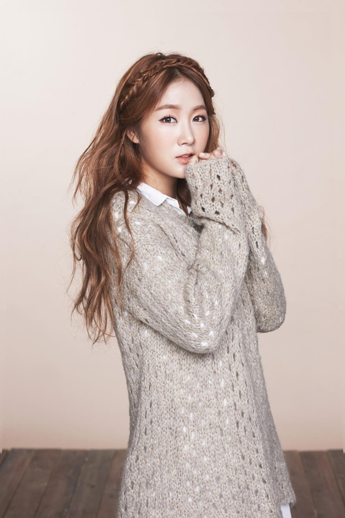 A publicity image of ex-Sistar singer Soyou provided by Starship Entertainment (Yonhap)