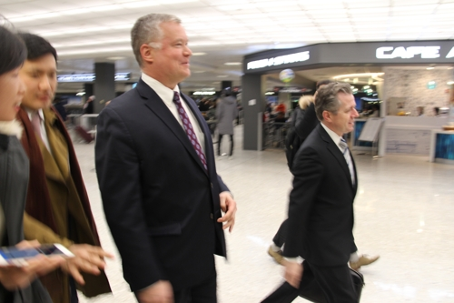 This photo shows U.S. Special Representative for North Korea Stephen Biegun at Dulles International Airport near Washington on Jan. 17, 2019. (Yonhap)