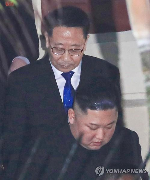 This file photo, taken Feb. 26, 2019, shows then North Korean Ambassador to Vietnam Kim Myong-gil (top) accompanying North Korean leader Kim Jong-un on a visit to the North Korean Embassy in Hanoi. The North Korean leader was in the city to hold his second summit with U.S. President Donald Trump. The diplomat, well-versed in U.S. affairs, is known to have been picked as the counterpart of U.S. Special Representative for North Korea Stephen Biegun. (Yonhap)
