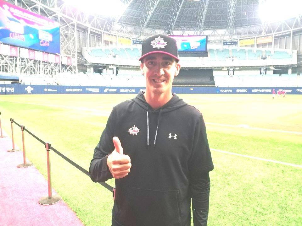 Canadian pitcher Scott Richmond poses for a photo after an interview with Yonhap News Agency at Gocheok Sky Dome in Seoul on Nov. 6, 2019, before Canada's game against Cuba at the Premier12 tournament. (Yonhap)