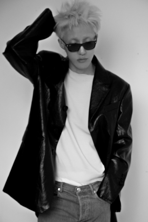 This photo provided by The Black Label shows singer-songwriter Zion.T. (PHOTO NOT FOR SALE) (Yonhap)