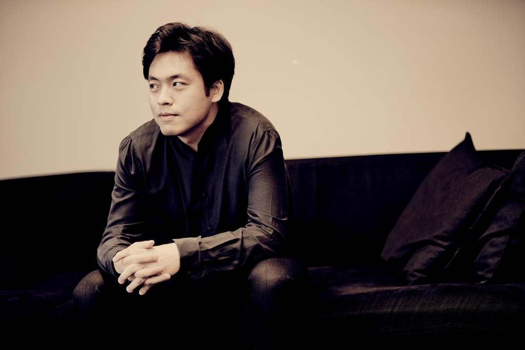 A publicity photo of pianist Kim Sun-wook provided by his management agency Vincero (PHOTO NOT FOR SALE) (Yonhap)