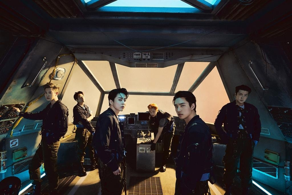 This photo, provided by SM Entertainment, shows boy band EXO. (PHOTO NOT FOR SALE) (Yonhap)