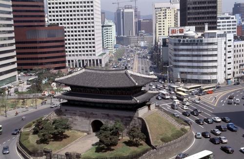 (서울=연합뉴스) 1995년 숭례문과 주변 모습.