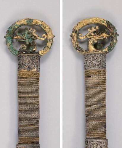 용·봉황무늬 고리자루큰칼 앞면(왼쪽)과 뒷면