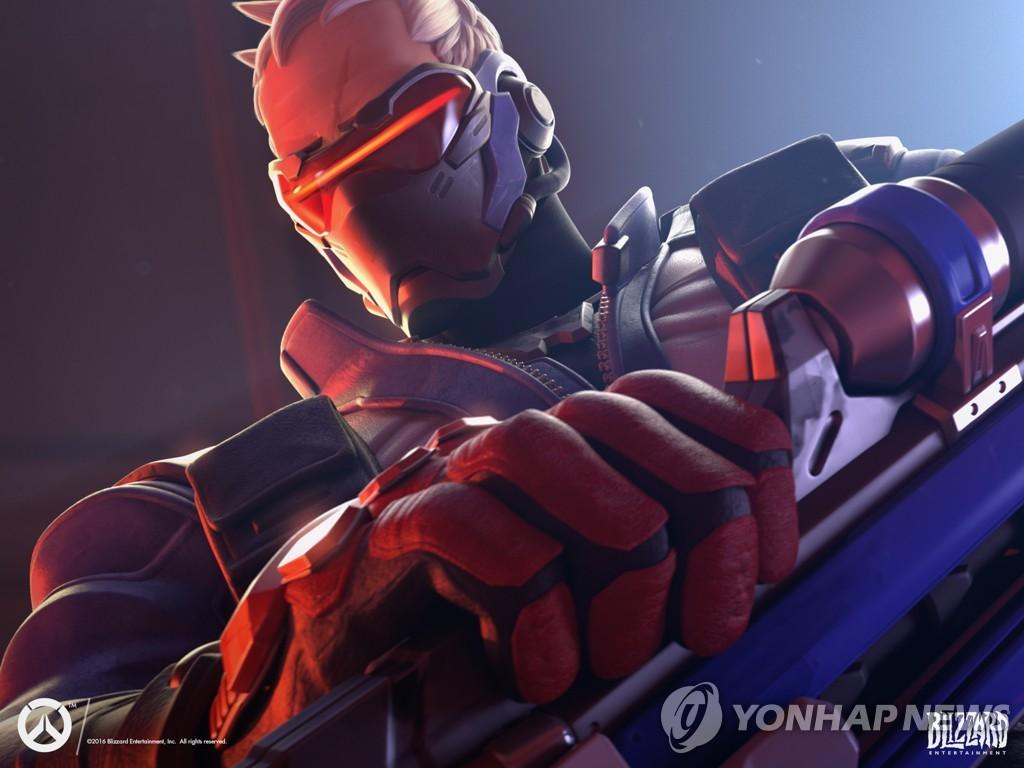 오버워치의 성소수자 캐릭터 '솔저76'