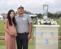 With pregnant wife, role model looking on, Lee Kyoung-hoon delivers memorable PGA win