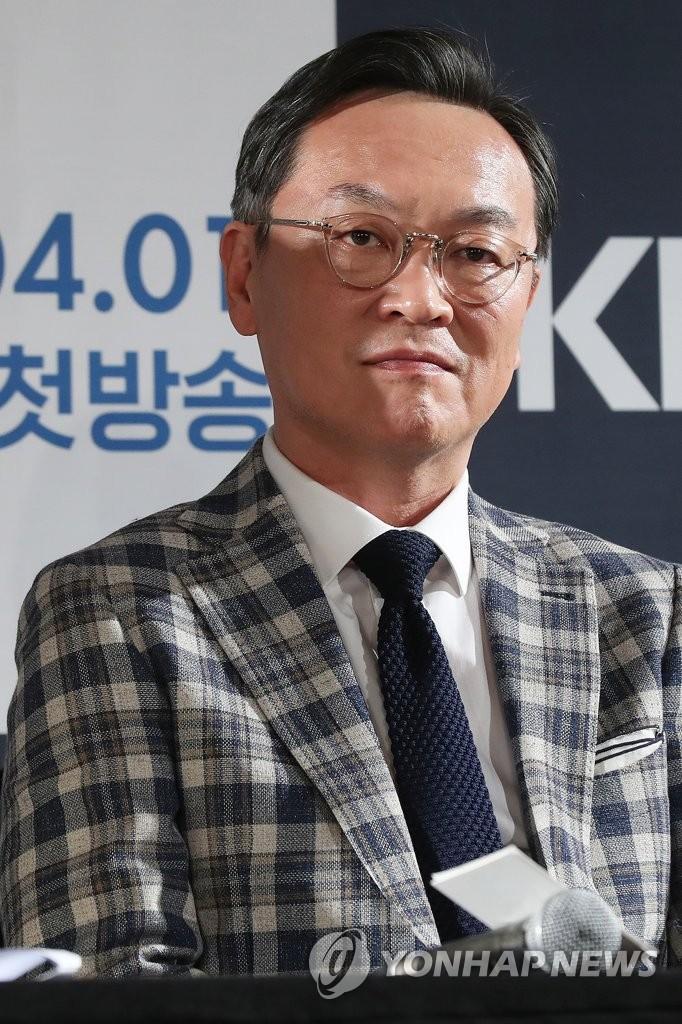 Hàn Quốc chốt đơn 11 gương mặt đại diện cho điện ảnh nước nhà: Từ nữ thần trẻ đến chú đại làng phim đều có cả! - Ảnh 7.