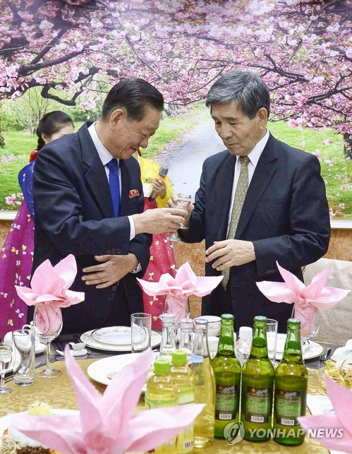 North Korean envoy meets Japanese delegate