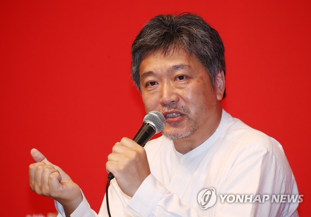 Japanese director Hirokazu Kore-eda speaks at a press conference of the 24th Busan International Film Festival at Shinsegae Department Store in Busan on Oct. 5, 2019. (Yonhap)