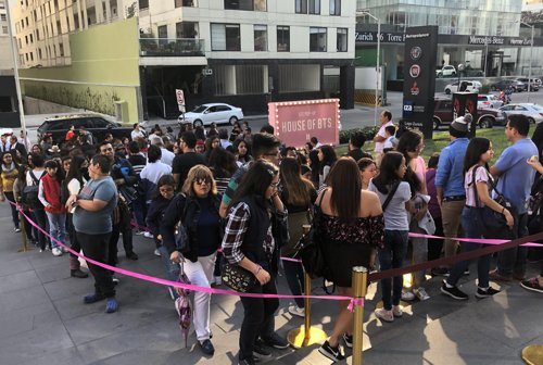 BTS pop-up store in Mexico