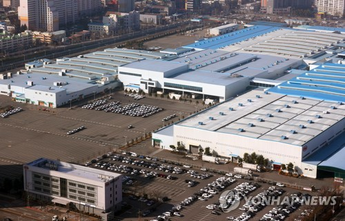 Kia to further extend Gwangju production halt in S. Korea
