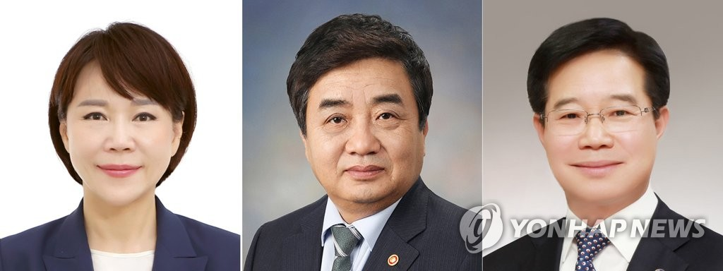 These photos provided by Cheong Wa Dae show (from L to R) Jeon Hyun-heui, named to lead the Anti-Corruption and Civil Rights Commission; Han Sang-hyuk, chairman of the Korea Communications Commission; and Kim Chang-yong, picked as the new commissioner general of the Korean National Police Agency. (PHOTO NOT FOR SALE) (Yonhap)